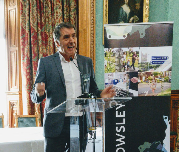 Metro Mayor Steve Rotheram speaking at Knowsley Ambassadors' Event in September 2017